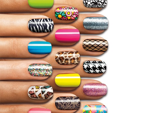Sally-hansen-salon-effects-nail-polish-strips10