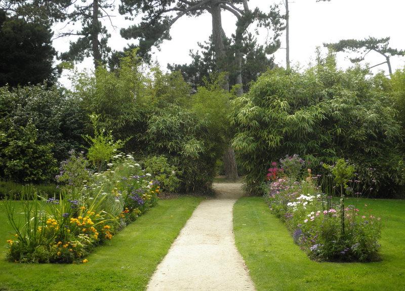 Granville.garden3