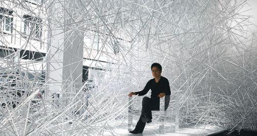 Snowflake_Installation_Kartell_Gallery_Tokujin_Yoshioka2