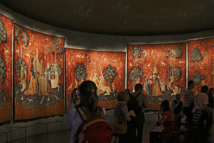 Lady-unicorn-tapestries