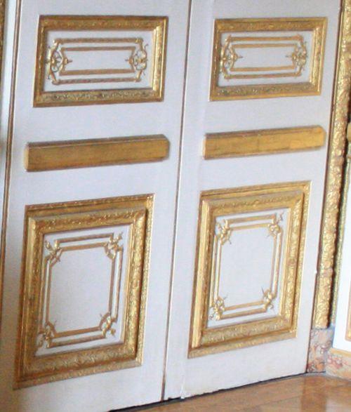 Chateau_de_Versailles_king-room-detail