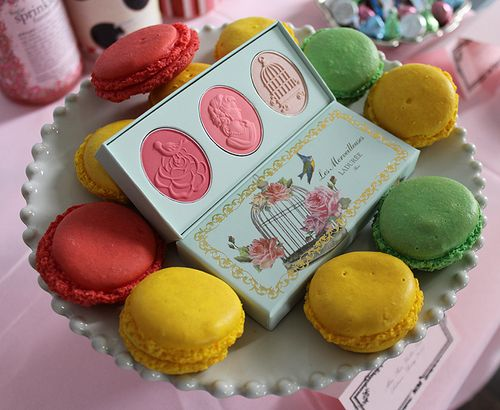 Laduree-trio-side