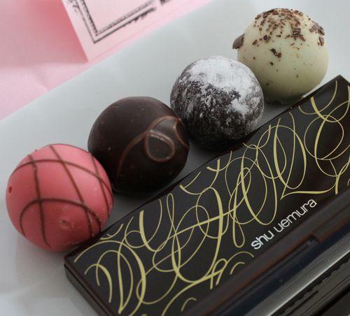 Shu-chocolates-palette-closed