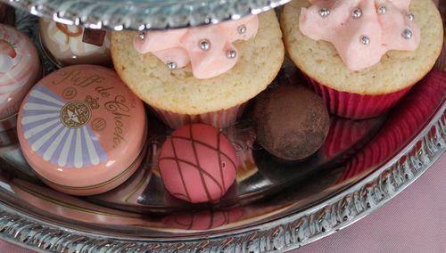 Cupcake-stand-bottom-tier