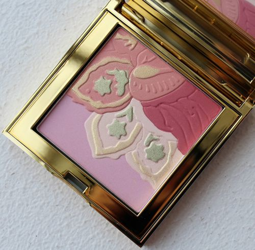 Aerin-floral-illuminating-powder-2013