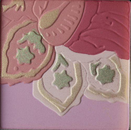 Aerin-spring-2103-powder-closeup
