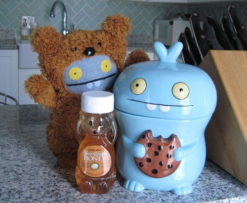 Babo-bear-honey