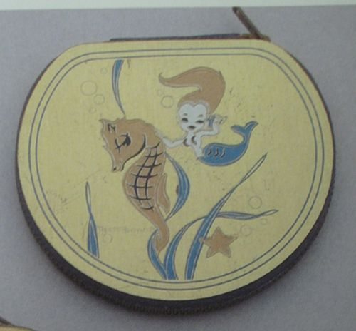 Vintage-mermaid-compact