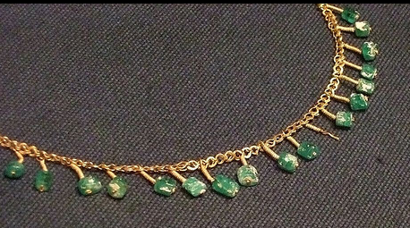 Gold-chain-roman-necklace