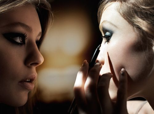 Elle-marcjacobs-beauty
