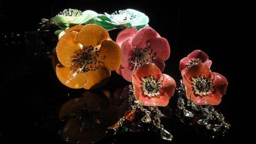 Armani-eccentrico-flowers
