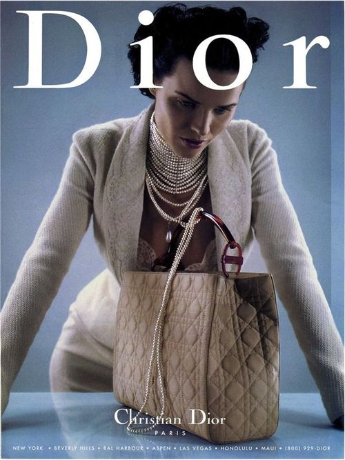 Dior-pearl-necklace