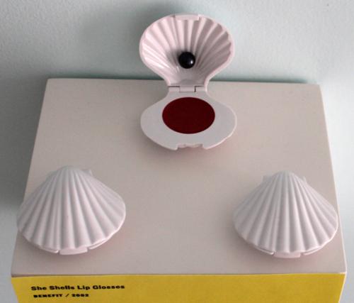 Benefit-shells-glosses