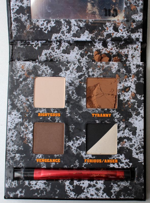 Urban-Decay-Pulp-Fiction-palette