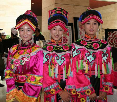 Qiang embroidery - dresses