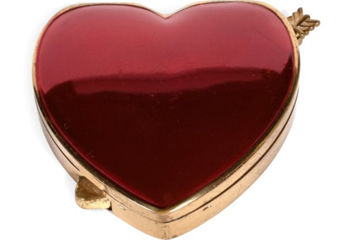 Cara Mia heart-shaped compact