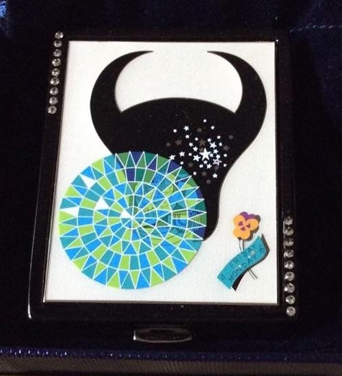 Erté Estée Lauder zodiac compact, Taurus