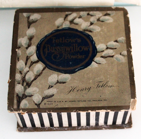 Henry Tetlow Pussywillow Powder