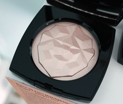 Chanel Signe du Lion highlighters