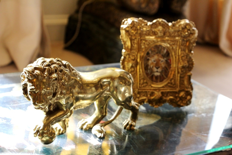 Bronze lion statue in Coco Chanel's apartment