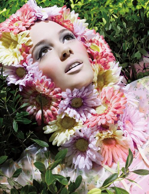 MAC spring 2011 ad