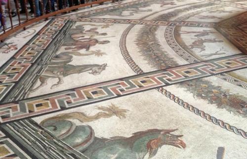 Vatican museum - floor mosaic