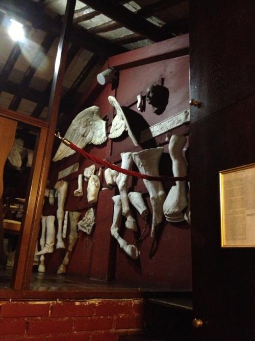 Canova Tadolini restaurant sculptures