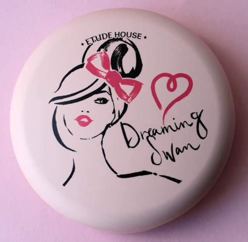 Etude House Dreaming Swan compact
