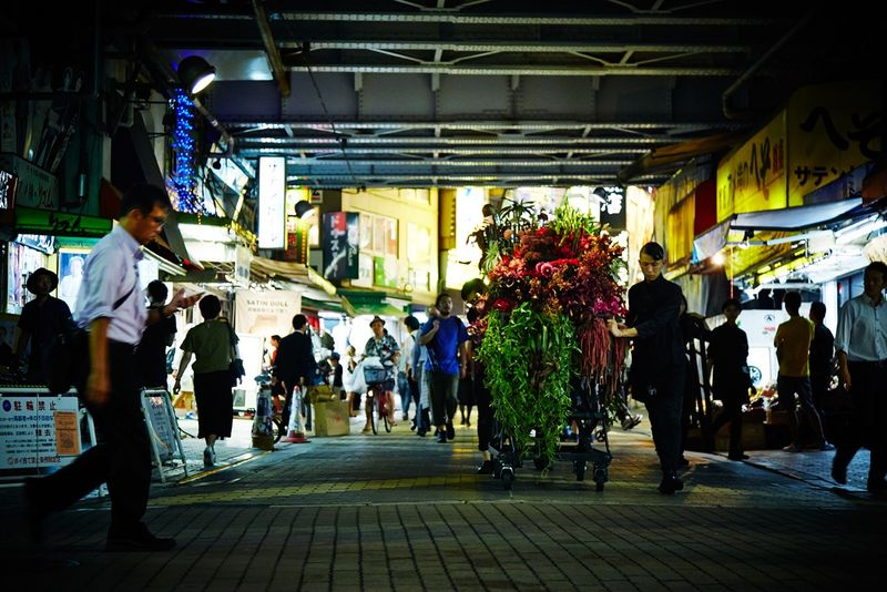 Pola BA flower stall - Tokyo