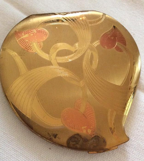 Vintage Elgin heart-shaped compact