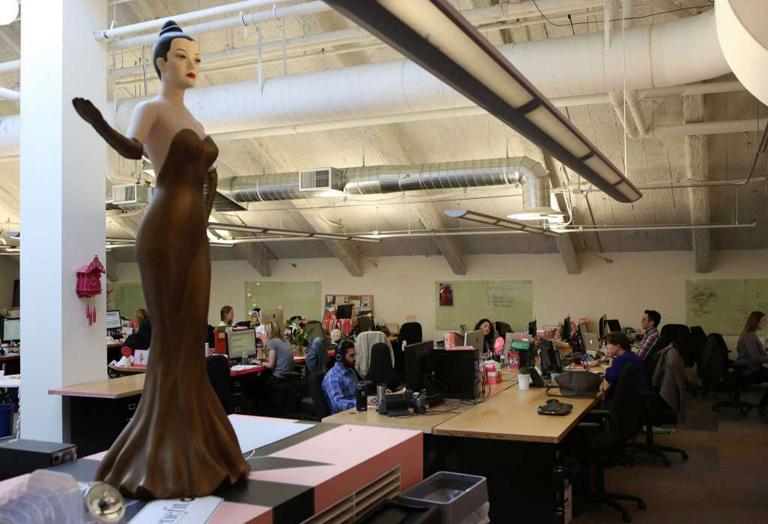 Benefit headquarters - Simone mannequin