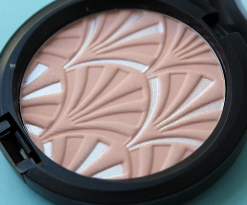 MAC Philip Treacy powder