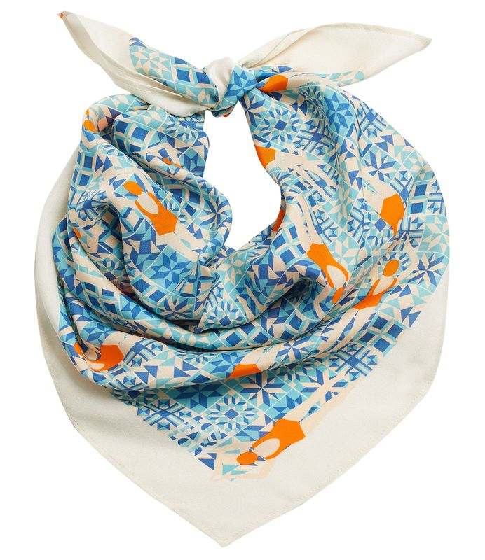 Swimmers scarf by Lou Taylor