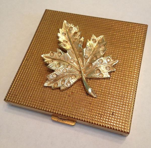Volupté leaf compact