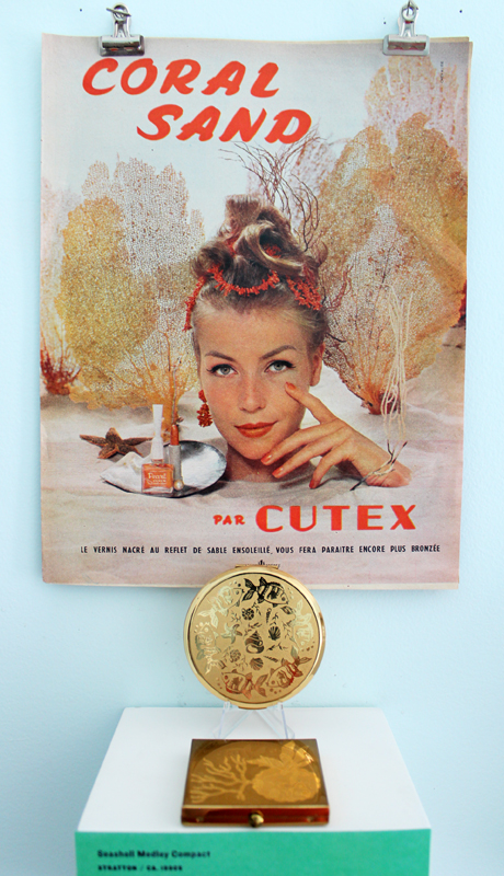Vintage Cutex ad and shell compacts