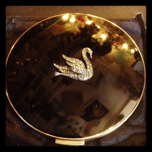 Stratton marcasite and enamel swan compact, ca. 1940s
