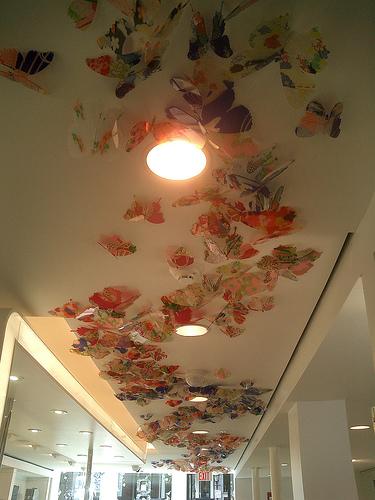 Shu Uemura boutique ceiling by Mamechiyo