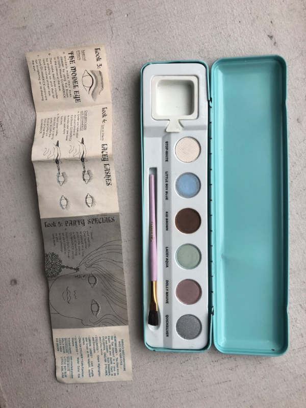 Yardley Glimmerick paint box