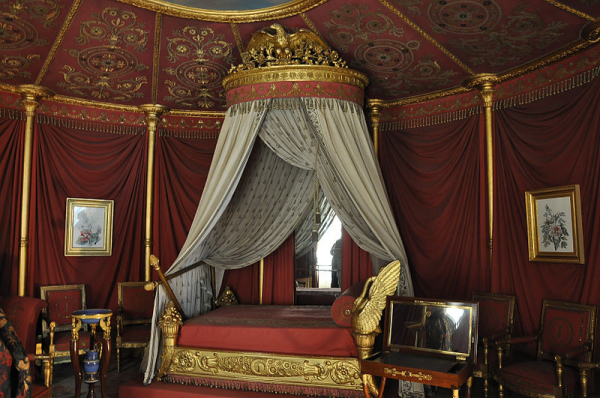 Chateau de Malmaison - bed of Empress Josephine