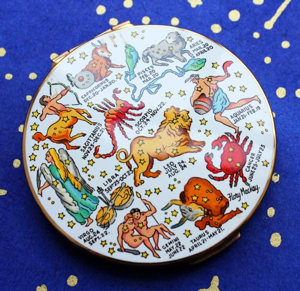Stratton zodiac compact, 1969