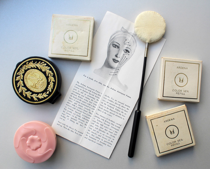 Makeup Museum - Elizabeth Arden donation