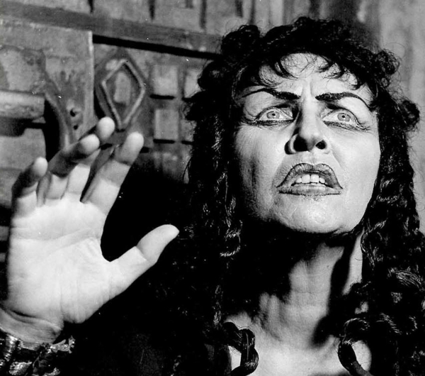 Hanna Rovina as Medea, 1955